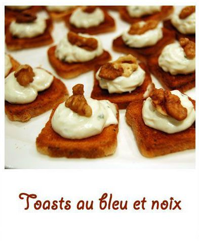 Toasts au bleu