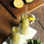 Smoothies banane avocat fruits de la passion